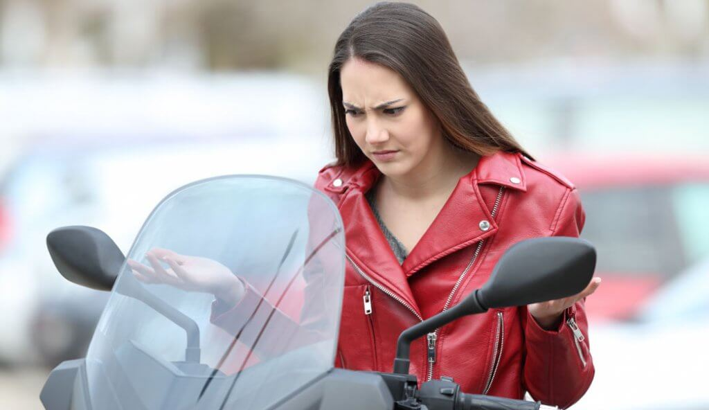 Importance of Roadside Assistance Cover For Two-wheeler Insurance? - Acko