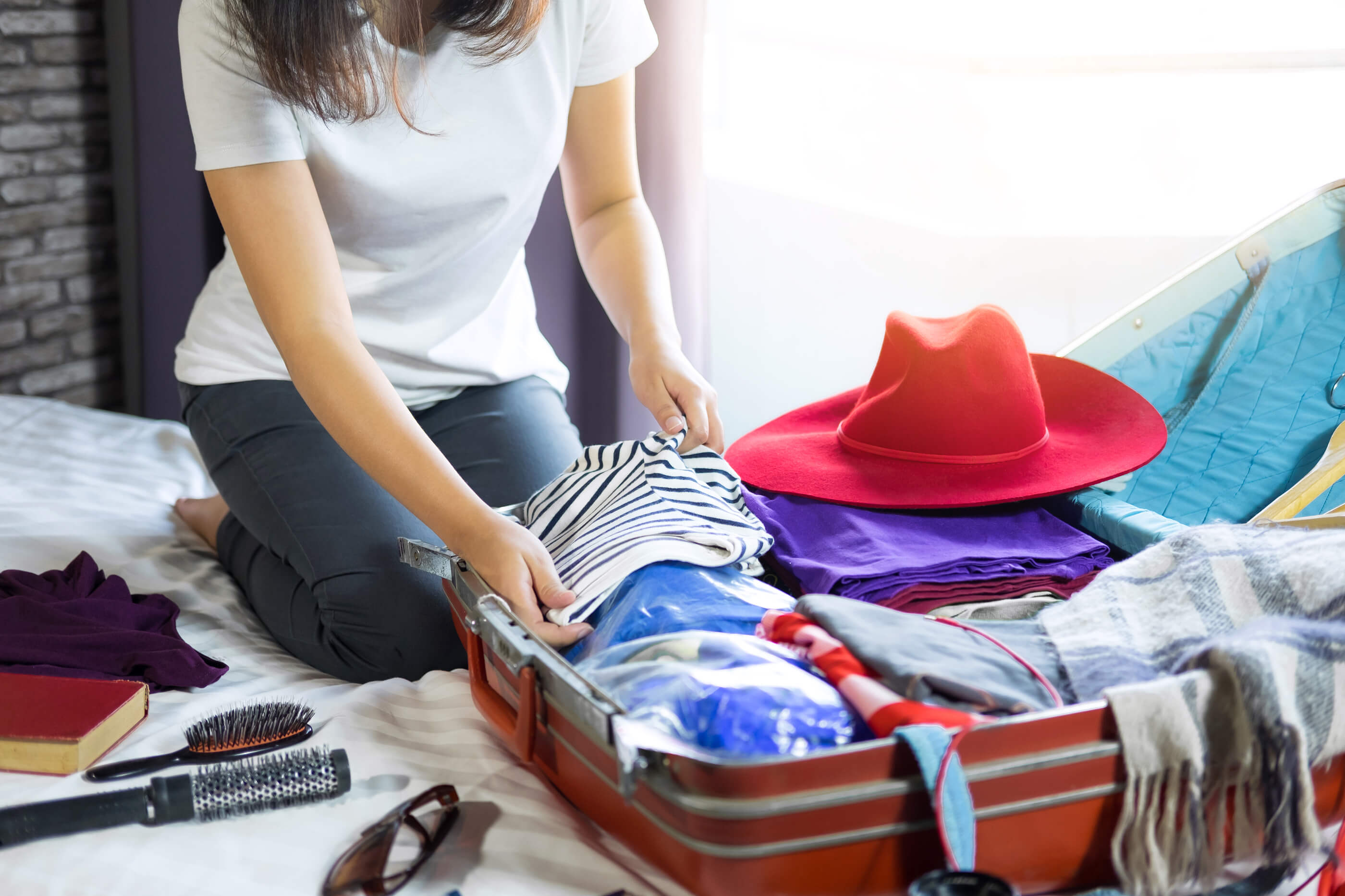 8 Important Things Every Frequent Overseas Traveler Should Have - Acko