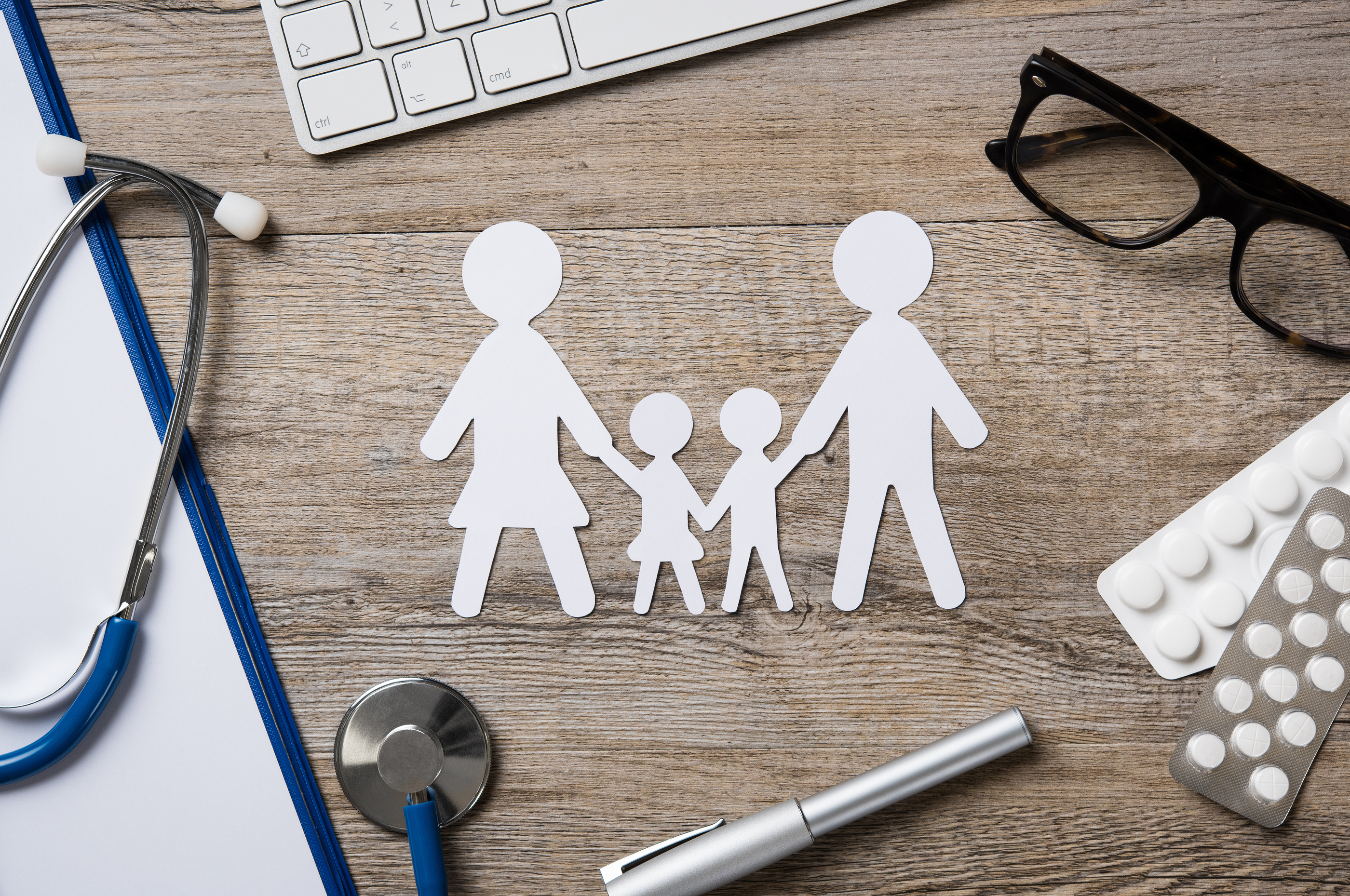 7 Advantages of Having a Family Insurance Plan - Acko