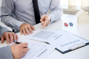 5 Drawbacks of Buying Insurance from Your Car Dealer